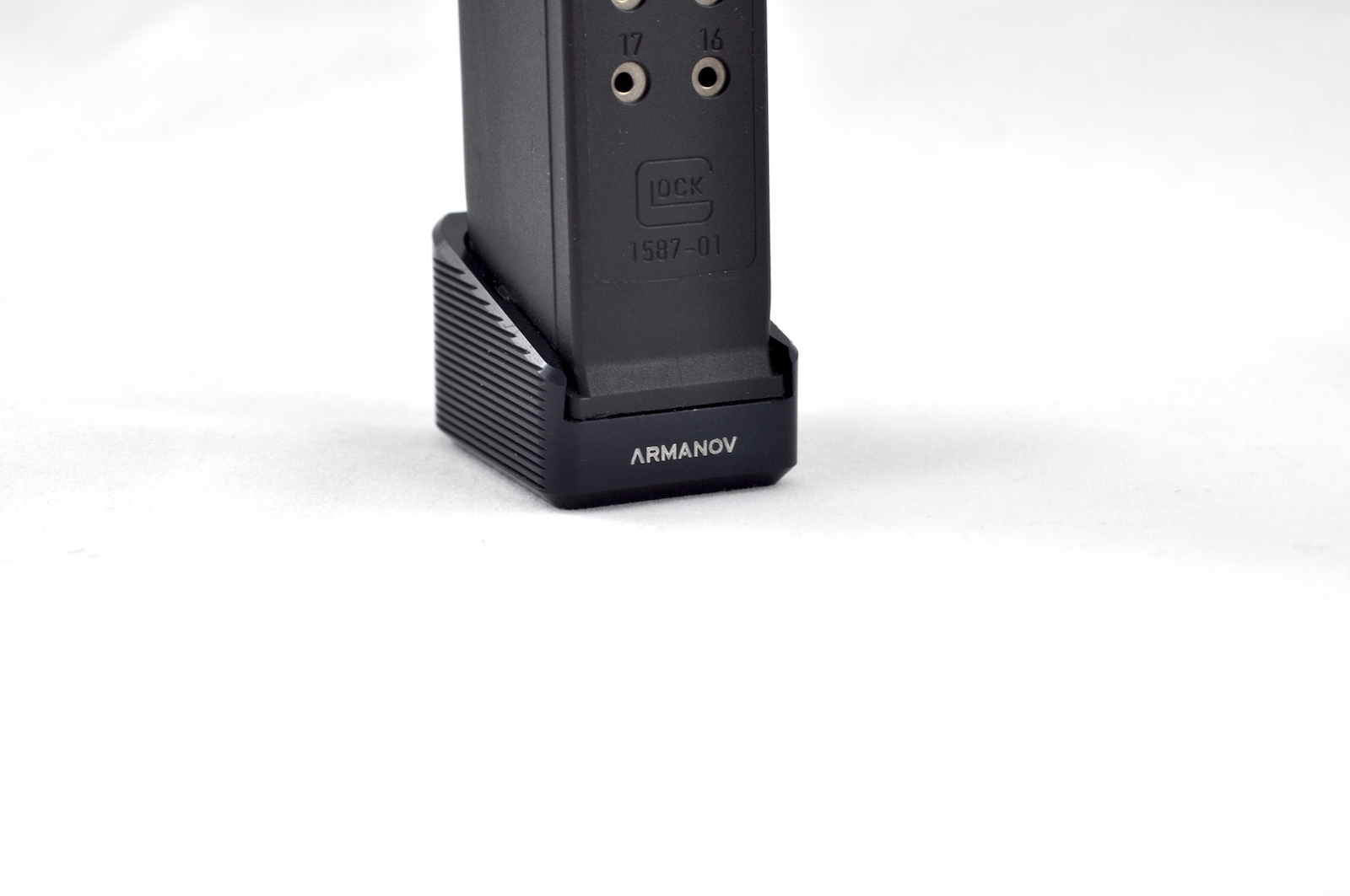 Armanov Magazine Base Pad Glock +2 black