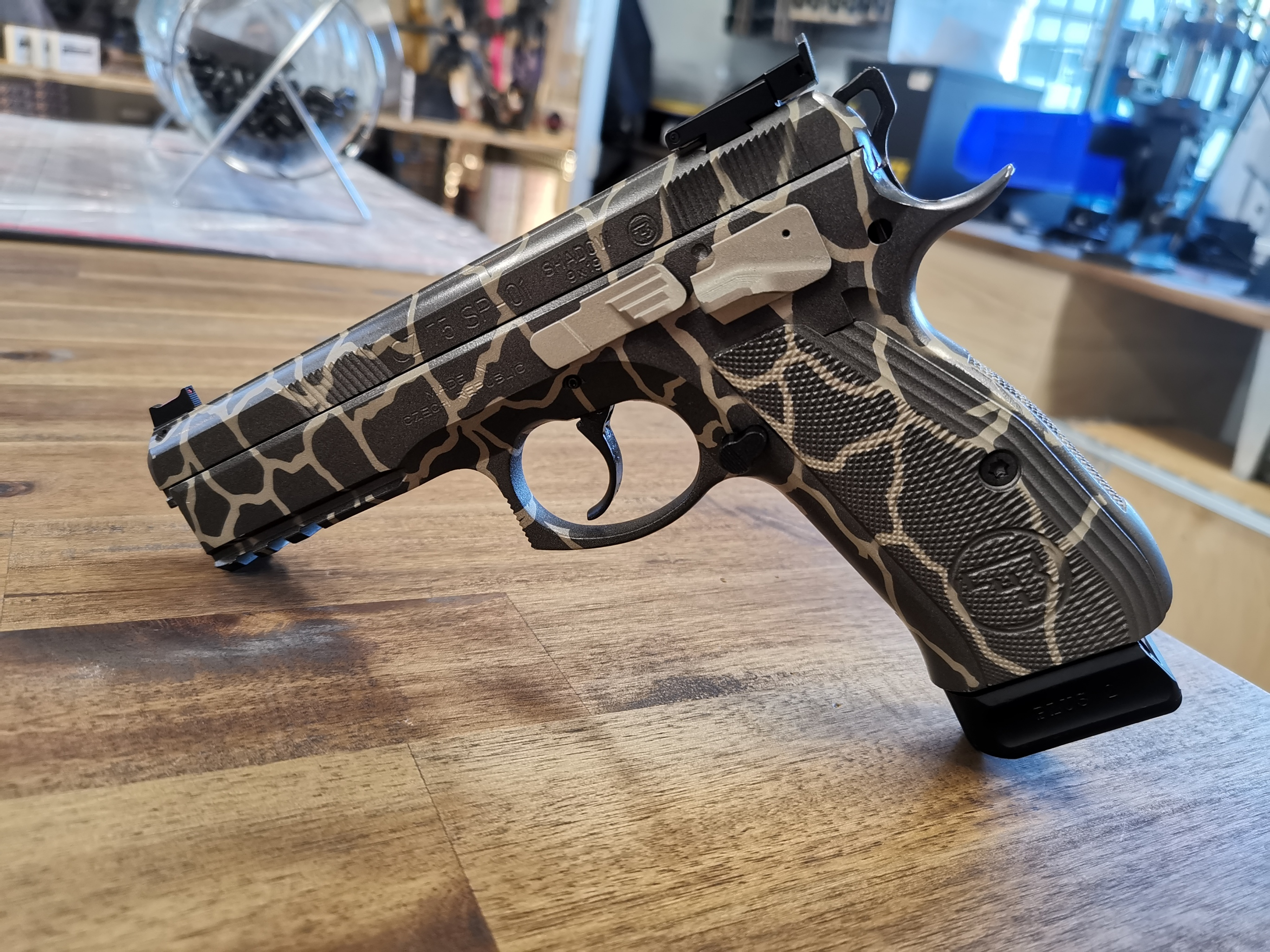 CZ 75 SP-01 Shadow Giraffen Camo *20423