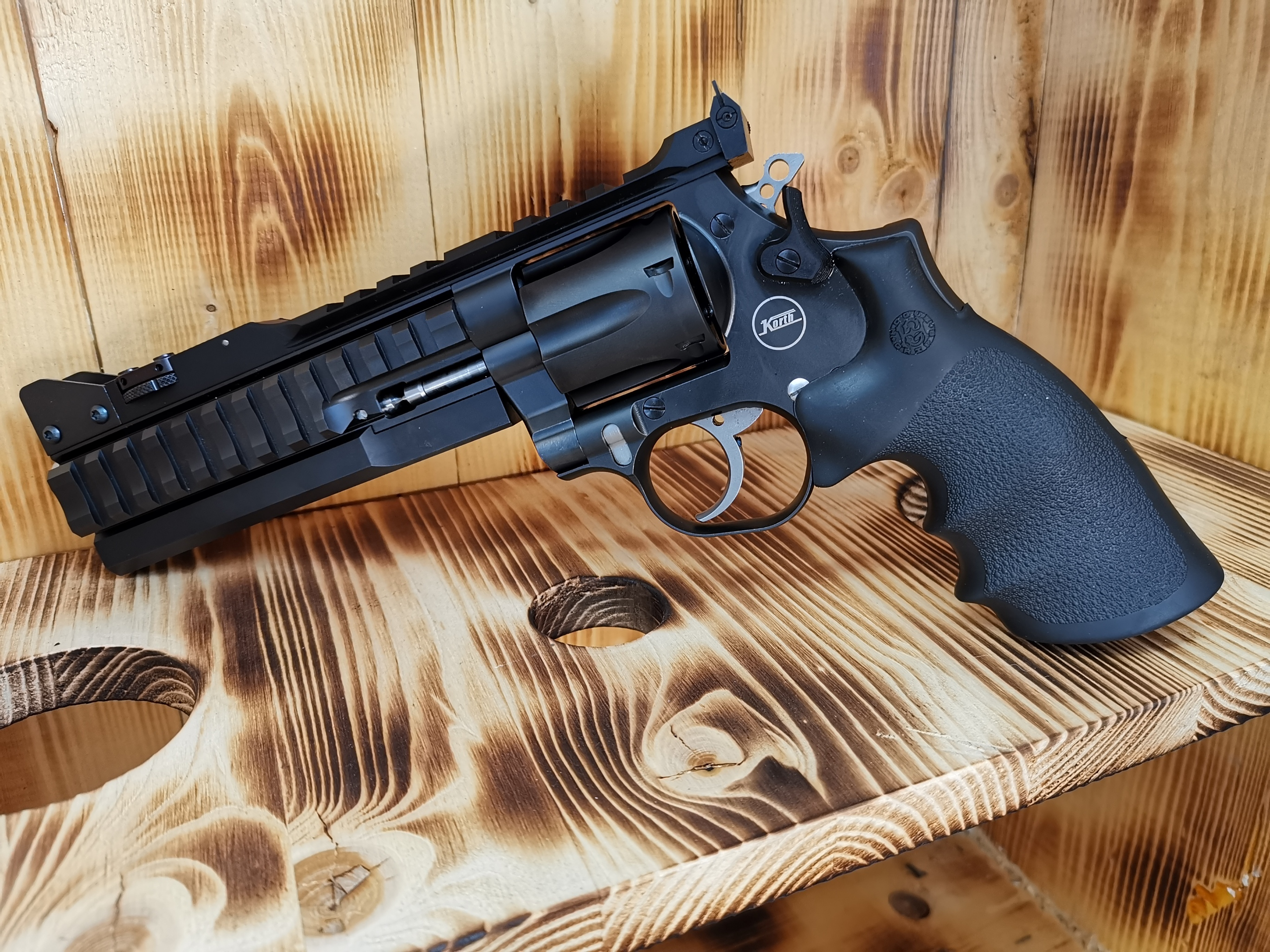 Korth Super Sport STX black .357 Magnum